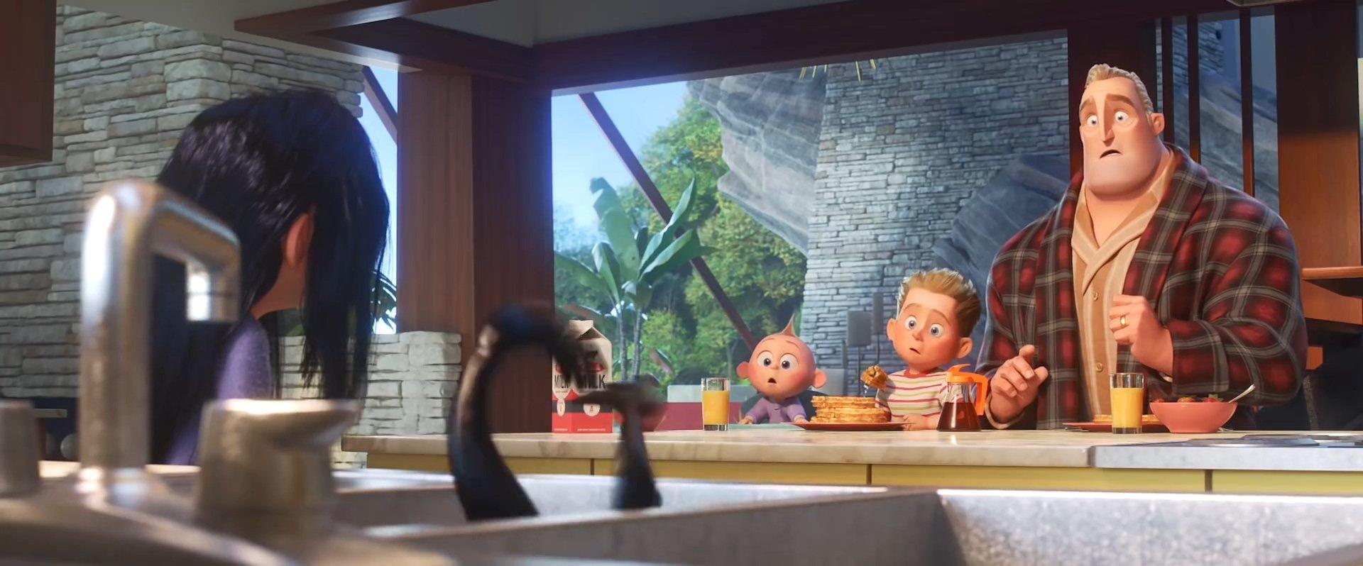 Incredibles 2 Official Trailer_116.328.jpg